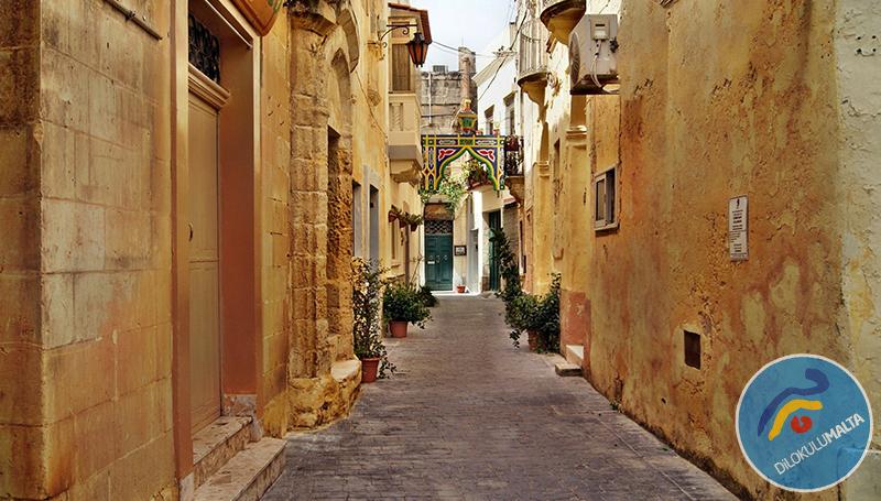 Malta'ya taşınmak