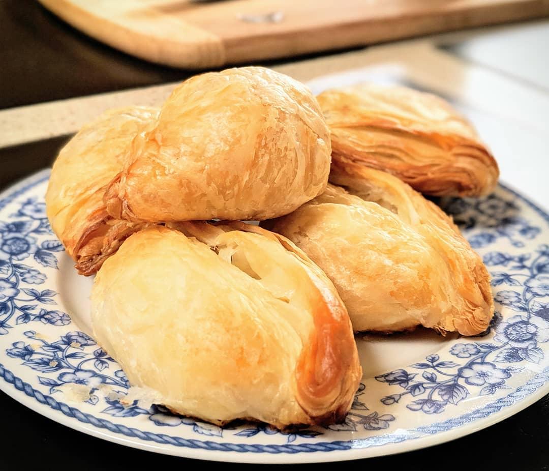 Maltaya özgü yemekler - pastizzi